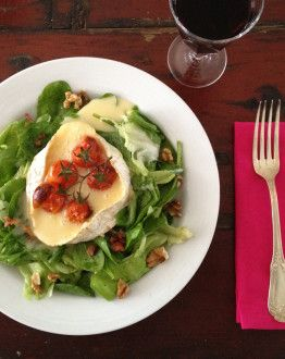 Salade met warme camembert