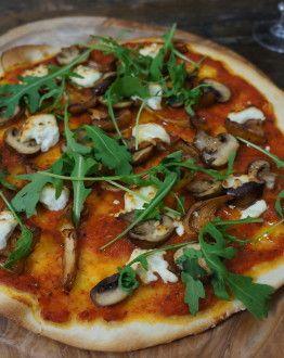 Pizza paddenstoelen geienkaas