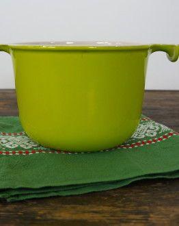 Lichtgroene Le Creuset fonduepan van Enzo Mari zijkant