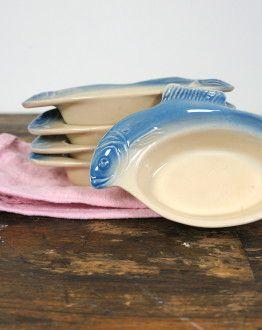 5 ovale bakjes met vissen (blauw) zij