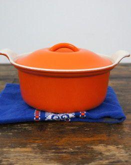 oranje Le Creuset cocotte