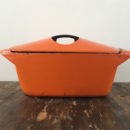 Oranje Le Creuset casserole Raymond Loewy